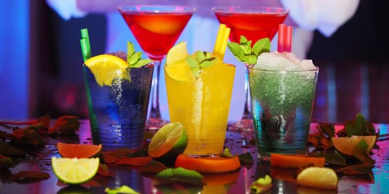 Quatre cocktails simples et colorés