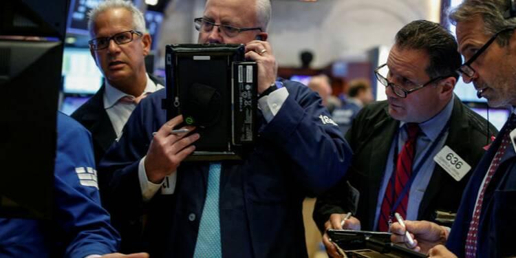 """Wall Street prudente avant les """"minutes"""" de la Fed"""