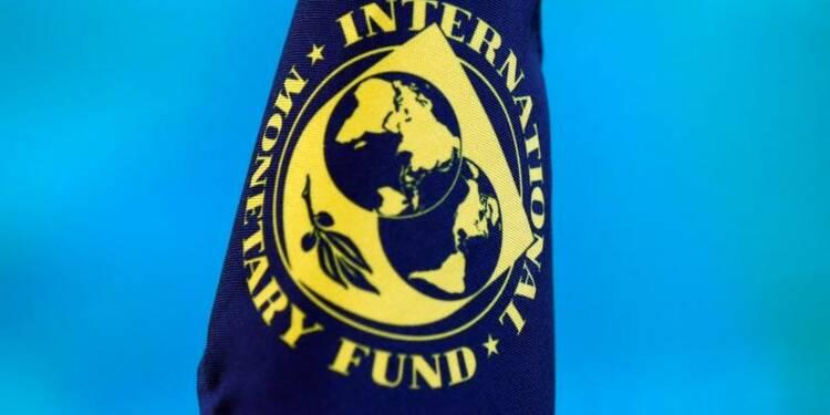 La stabilité financière s'améliore, des risques en vue, selon le FMI