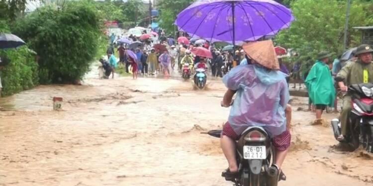 Vietnam: 37 morts, 40 disparus dans des inondations