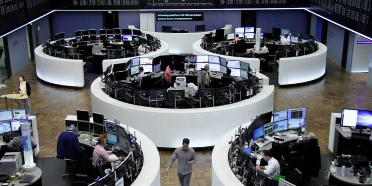 Les Bourses hésitent, le dollar se reprend