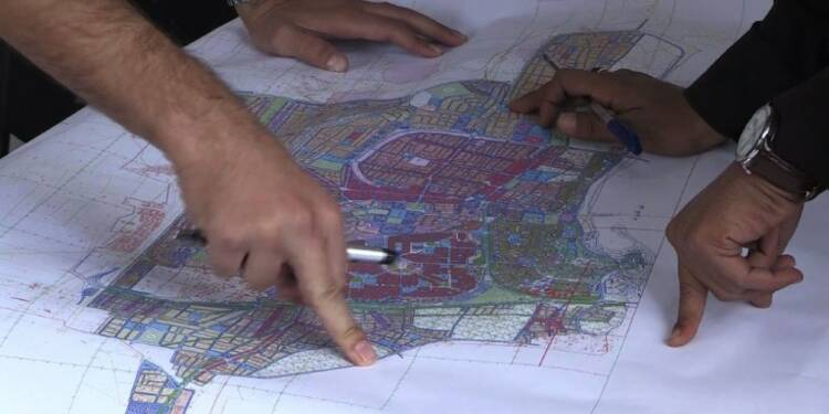 Loin du front de Raqa, on pense déjà à la reconstruction