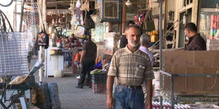 Bagdad reprend aux Kurdes la quasi-totalité des champs pétrolier