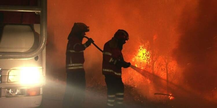 Portugal: De violents incendies continuent de ravager le pays