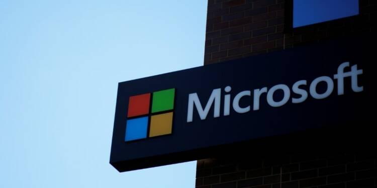 Une élue française inquiète des liens entre la Défense et Microsoft