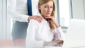 Drague au boulot : où commence le harcèlement sexuel?