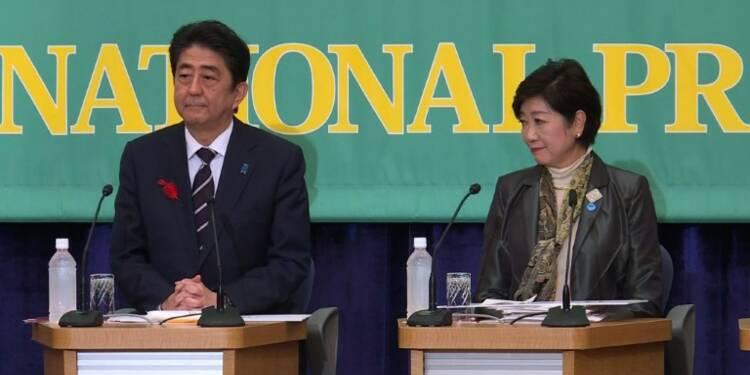 Législatives au Japon: vers une large victoire de Shinzo Abe