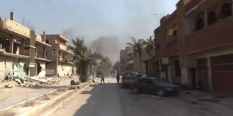 Syrie: tour de la ville de Mayadine, reprise au groupe EI