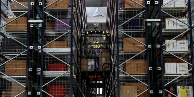 France: L'activité continue d'accélérer dans le privé, selon une enquête d'IHS Markit