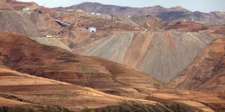Importations de fer et de plomb nord-coréens en chute en Chine