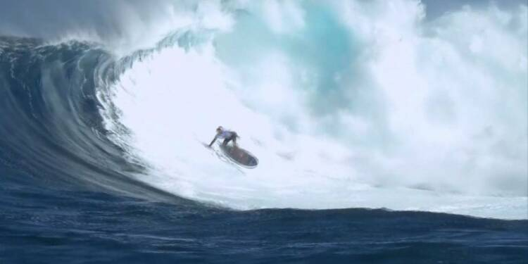 Surf: conditions incroyables à Hawaï pour le