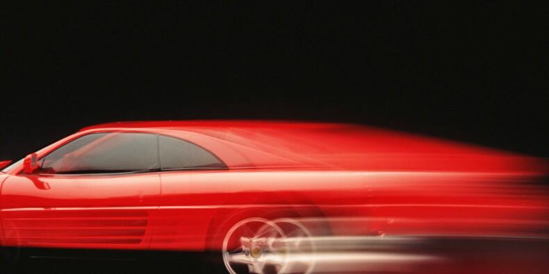 La course folle de l'action Ferrari