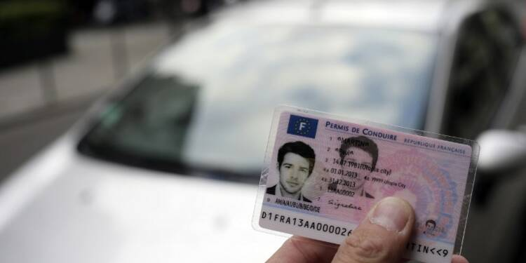 À partir de lundi, on pourra commander partout son permis et sa carte grise sur internet