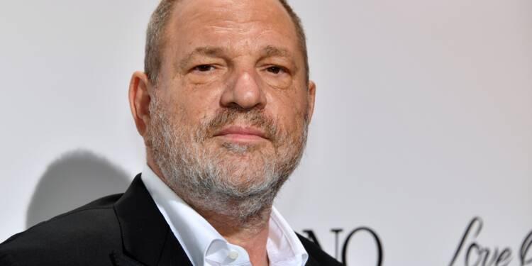 Harvey Weinstein est arrivé au commissariat de Manhattan avant une probable inculpation