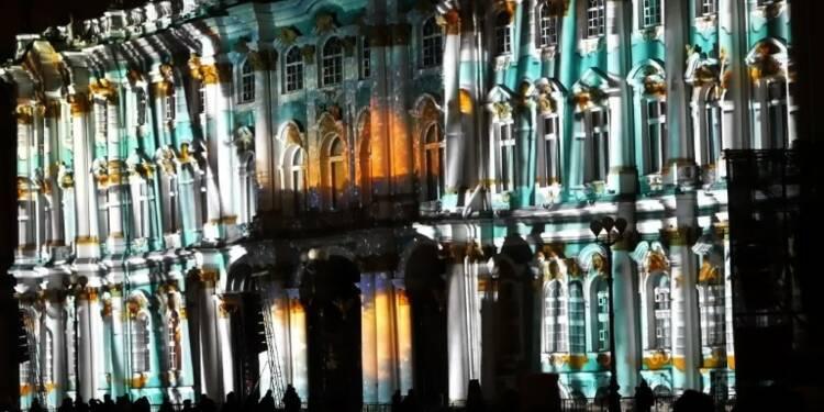 Russie:un festival de lumières pour les 100 ans de la révolution