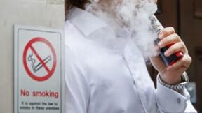 Ne comptez pas sur la cigarette électronique pour arrêter de fumer