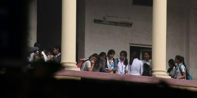 Inde: les écoles de New Delhi rouvrent malgré la pollution