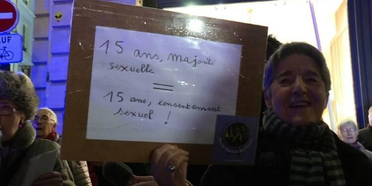 Consentement sexuel: des féministes réclament un âge minimum