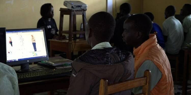 Ouganda : apprendre le code informatique aux éleveurs