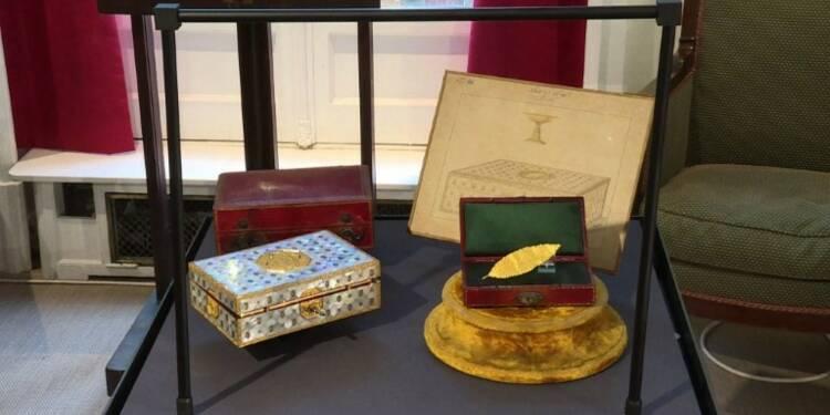 Vente d'une feuille de laurier en or de la couronne de Napoléon