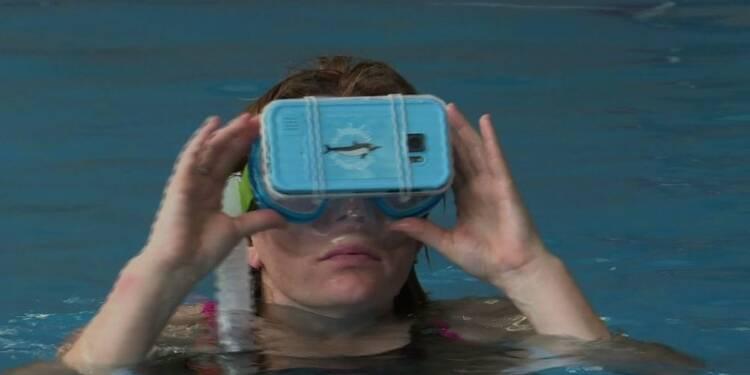 Nager avec des dauphins virtuels, une thérapie bien réelle