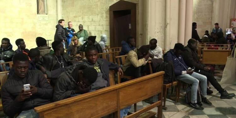 Marseille : des migrants occupent une église