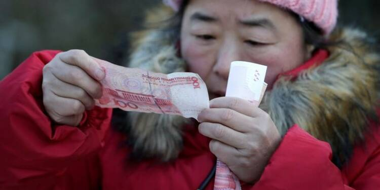 Plus forte chute depuis un an et demi pour les actions chinoises