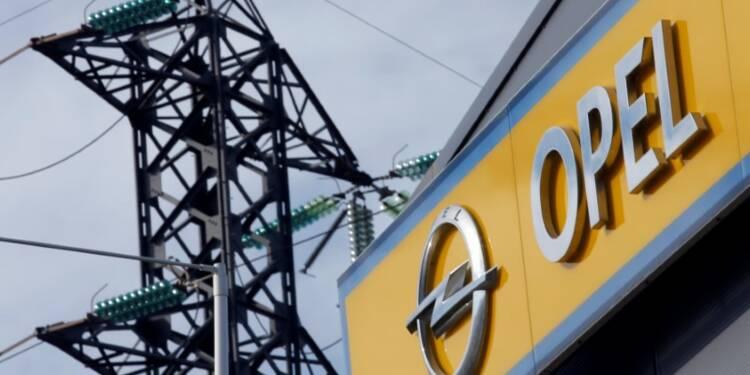 PSA va produire des moteurs à essence sur un site Opel, selon les Echos