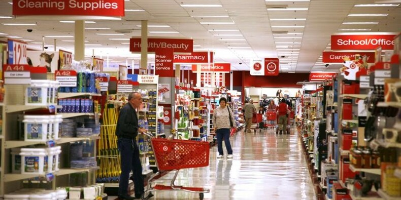 États-Unis: La consommation a ralenti; pressions inflationnistes