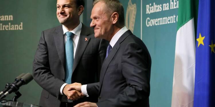 """Pour Tusk, Dublin détient les """"clefs"""" des négociations sur le Brexit"""