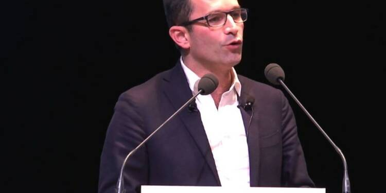 Hamon structure son mouvement, rebaptisé