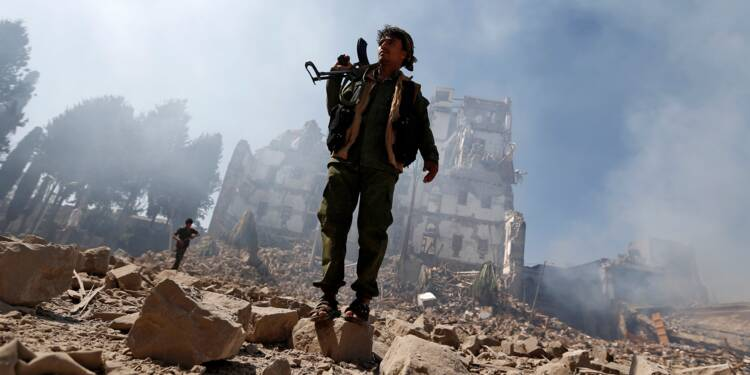 Les rebelles Houthis contrôlent Sanaa, passe d'armes Iran/Arabie