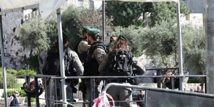 Jérusalem: la grande prière du vendredi sous tension