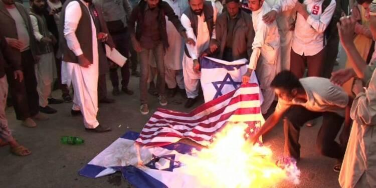 Le monde musulman manifeste contre la décision de Trump