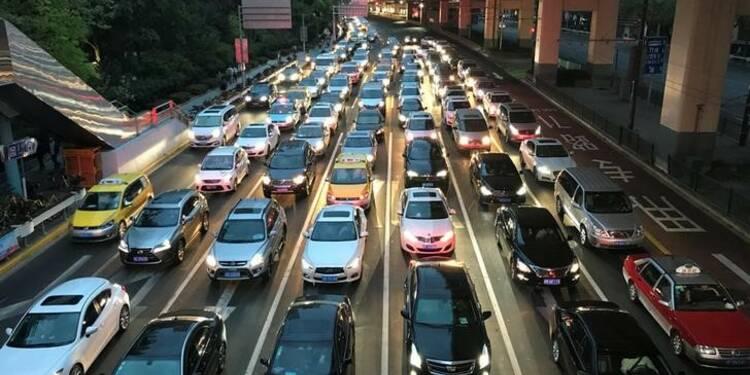 En Chine, la hausse des ventes de voitures ralentit en novembre