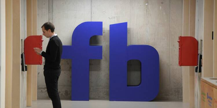 Revenus publicitaires de Facebook: des changements mais ses impôts ne vont pas décoller