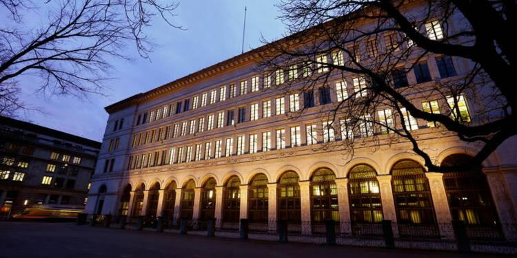 Suisse: La BNS reste accommodante face à un franc