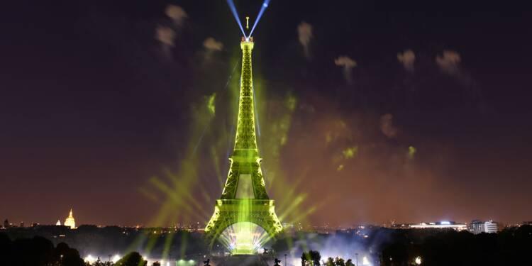 Spots, sécurité, file d'attente... dans les coulisses de la Tour Eiffel