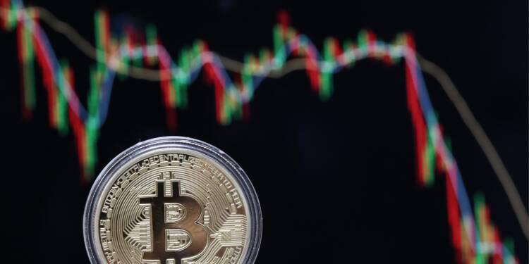 Face à la chute des bourses, le bitcoin est-il une valeur refuge?