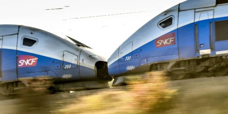 Trains en retard, régimes spéciaux… et si on privatisait la SNCF ?