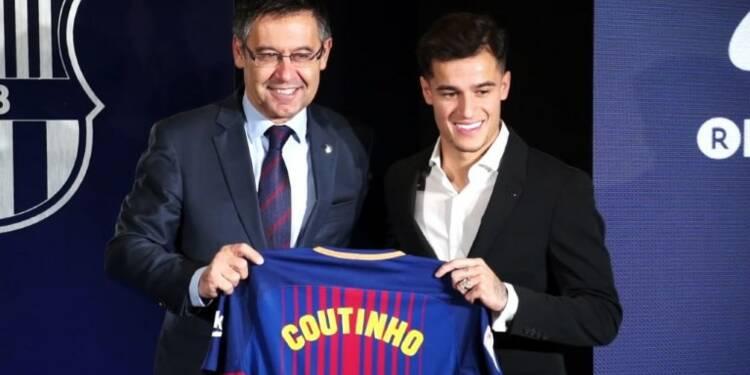 Football : Coutinho signe au FC Barcelone