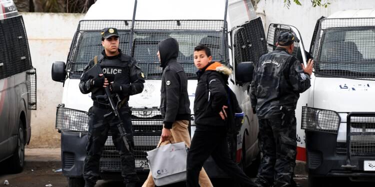 Tunisie: nouveaux heurts au nord-ouest, calme dans le reste du pays