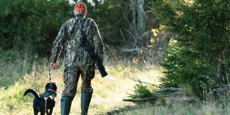 Doit-on recruter les chasseurs pour surveiller nos forêts à la place des gendarmes ?