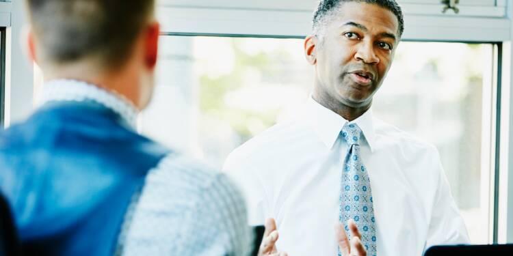 Quel est le salaire d'un consultant en cabinet de recrutement ?