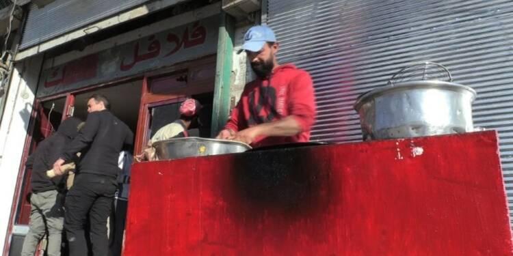 A Raqa, des falafels redonnent le sourire aux habitants