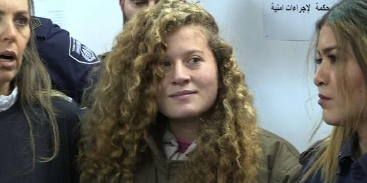 Israël maintient Ahed Tamimi en prison jusqu'au procès