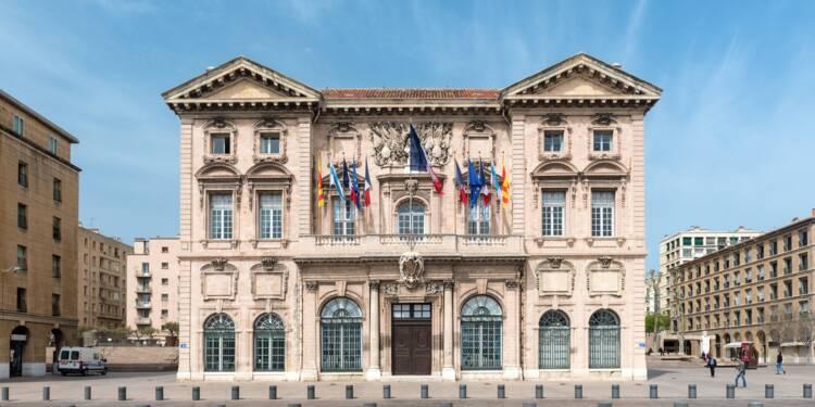 Des pointeuses à la mairie de Marseille pour lutter contre l'absentéisme des fonctionnaires