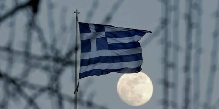 """Standard & Poor's relève la note de la Grèce de """"B-"""" à """"B"""""""