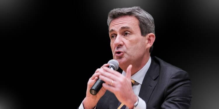 """Abandon de l'Exposition universelle : Edouard Philippe accusé de """"lâcheté"""""""