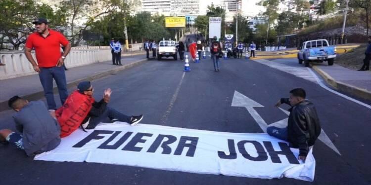Honduras: l'opposition veut empêcher la prise de fonction de JOH
